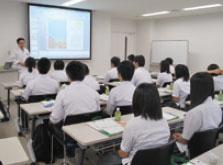 仙台地区大学見学会の様子